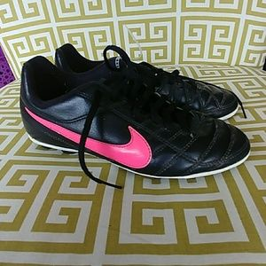 e55fcf4b4819a Kids Shoes on Poshmark
